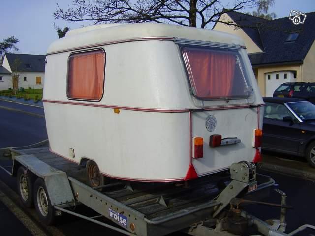 cherche caravane eriba 1300 euros environ cherche morbihan. Black Bedroom Furniture Sets. Home Design Ideas