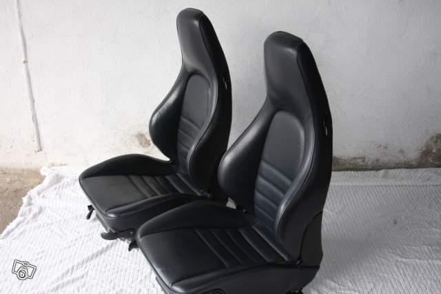 cherche sieges sport bleu marine porsche 964 cherche dordogne 24000 p rigueux. Black Bedroom Furniture Sets. Home Design Ideas