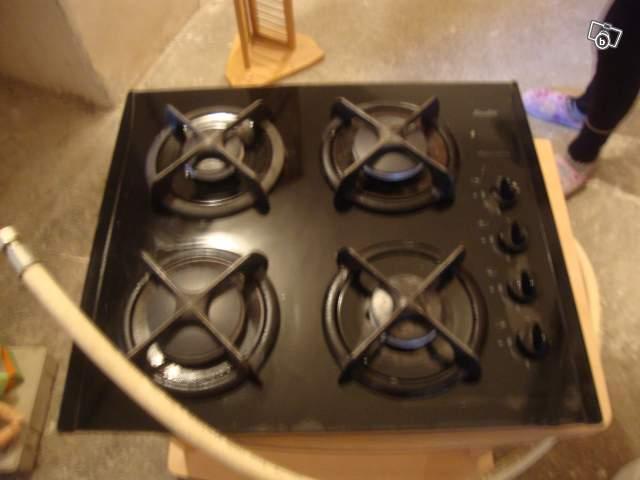 plaque de cuisson gaz marque sauter offre haut rhin 68200 mulhouse 65. Black Bedroom Furniture Sets. Home Design Ideas