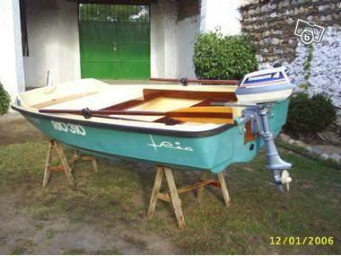 barque rio 310 et moteur thermique 2cv offre bas rhin 67390 elsenheim 250. Black Bedroom Furniture Sets. Home Design Ideas