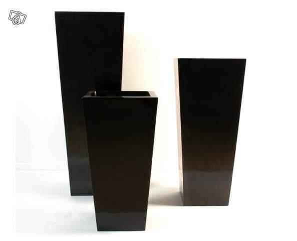 mobilier table bac a fleur design. Black Bedroom Furniture Sets. Home Design Ideas