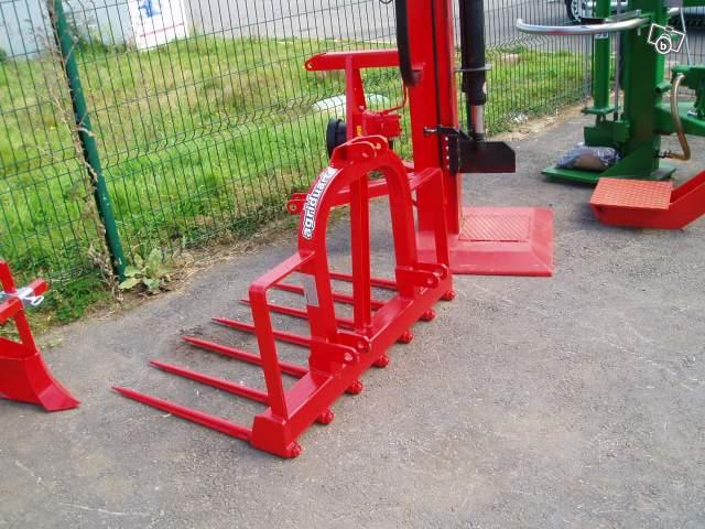 Fourche arriere pour micro tracteur kubota iseki offre orne 61800 tinchebray 299 - Tracteur avec fourche ...