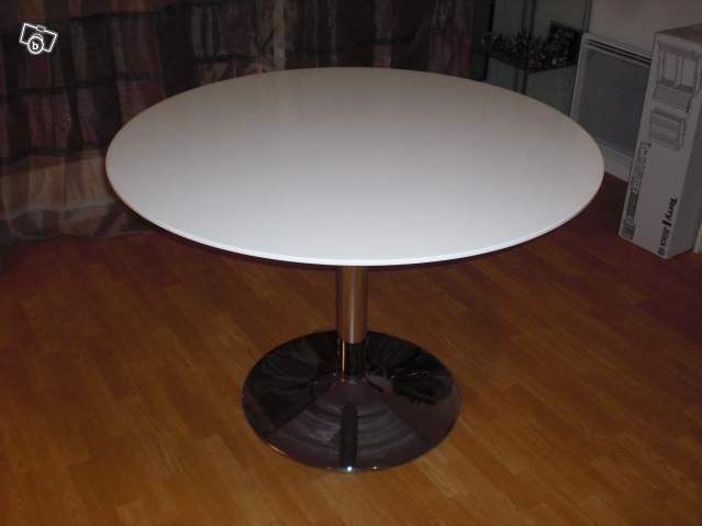 Table ronde laqu blanc 60 d batre offre gironde 33200 bordeaux 60 for Table ronde laque blanc