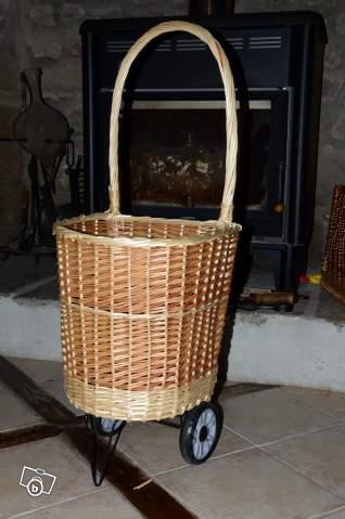 panier roulette pour le bois offre orne 61600 la 12. Black Bedroom Furniture Sets. Home Design Ideas