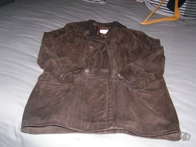 veste trois quart en cuir offre eure et loir 28260 50. Black Bedroom Furniture Sets. Home Design Ideas