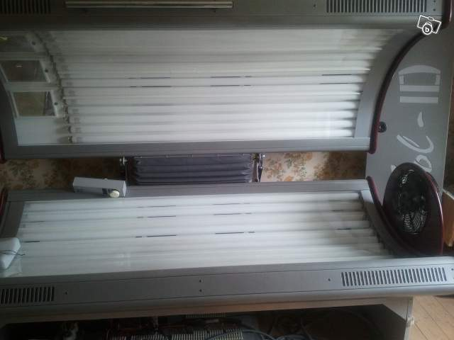 solarium cabine uv offre indre 36000 ch teauroux 1700. Black Bedroom Furniture Sets. Home Design Ideas