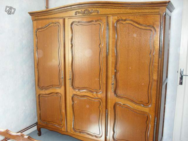armoire lit et 1 chevet offre cantal 15130 ytrac 300. Black Bedroom Furniture Sets. Home Design Ideas
