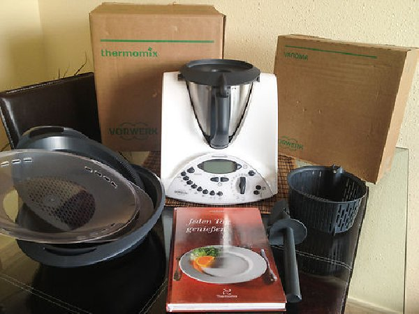 robot thermomix tm31 excellent compagnon de cuisine offre pays de la loire 400. Black Bedroom Furniture Sets. Home Design Ideas